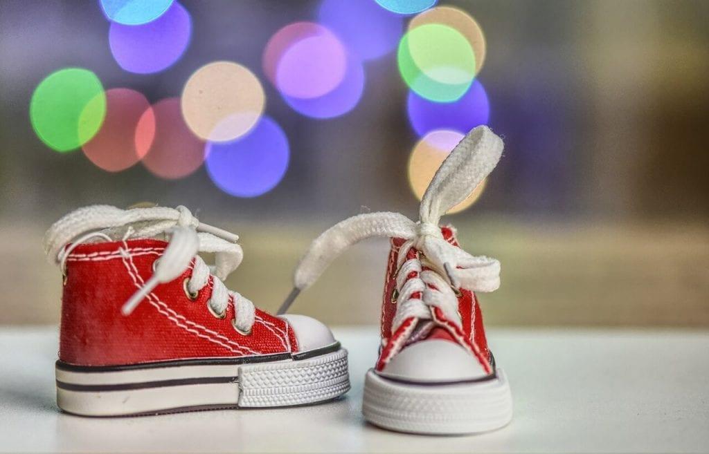 zapatos para niños pequeños