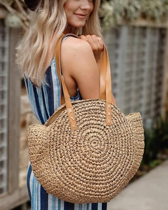 Bolso de mimbre de playa